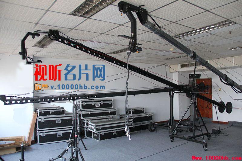 10米三角管电动摇臂自带9寸高亮监视器 3000元/天